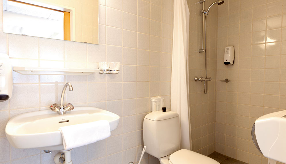 Driepersoonskamer comfort met bad en balkon
